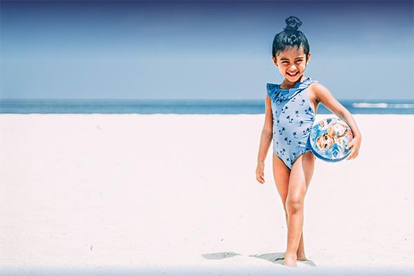 Jak zadbać skutecznie, o zdrowie i bezpieczeństwo swojego dziecka podczas wakacji?